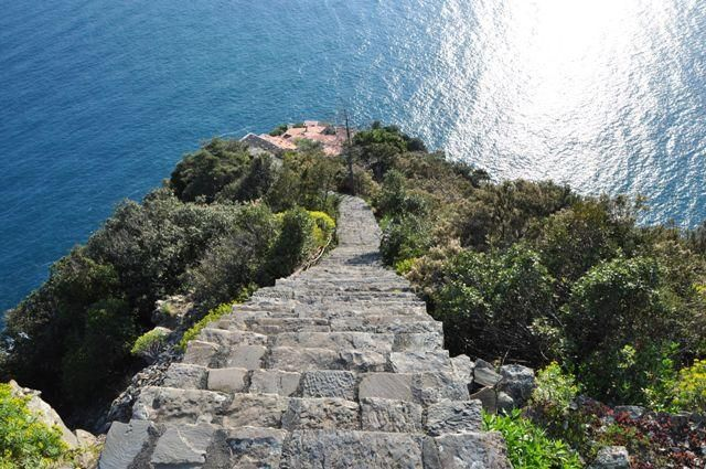 Travelling to Cinque Terre with older people?