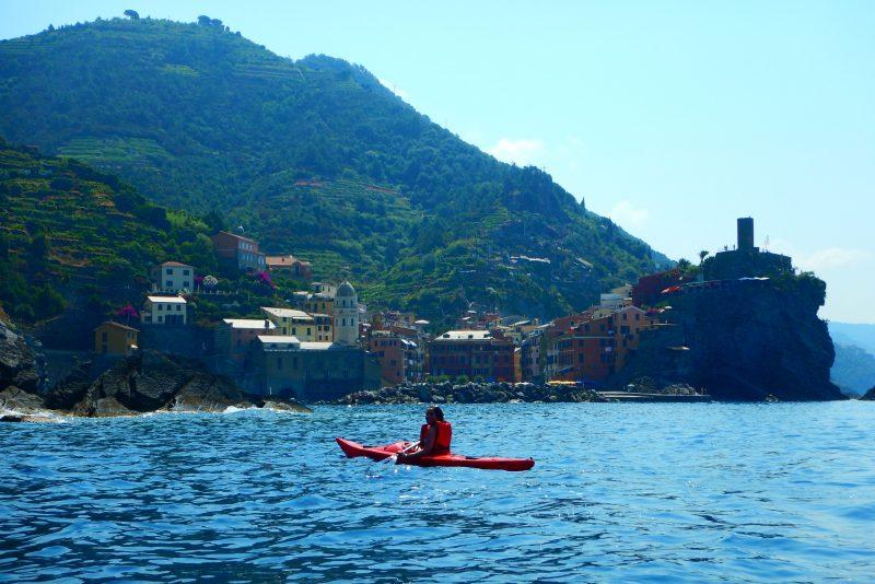 kayak tour cinque terre