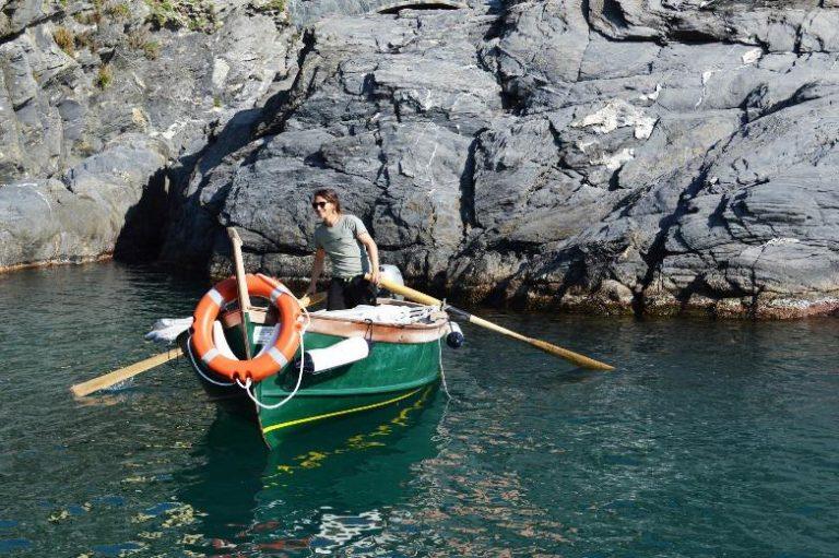 motorboat manarola cinque terre