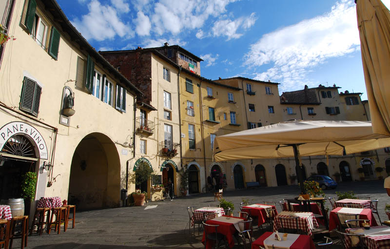 transfer from cinque terre to lucca