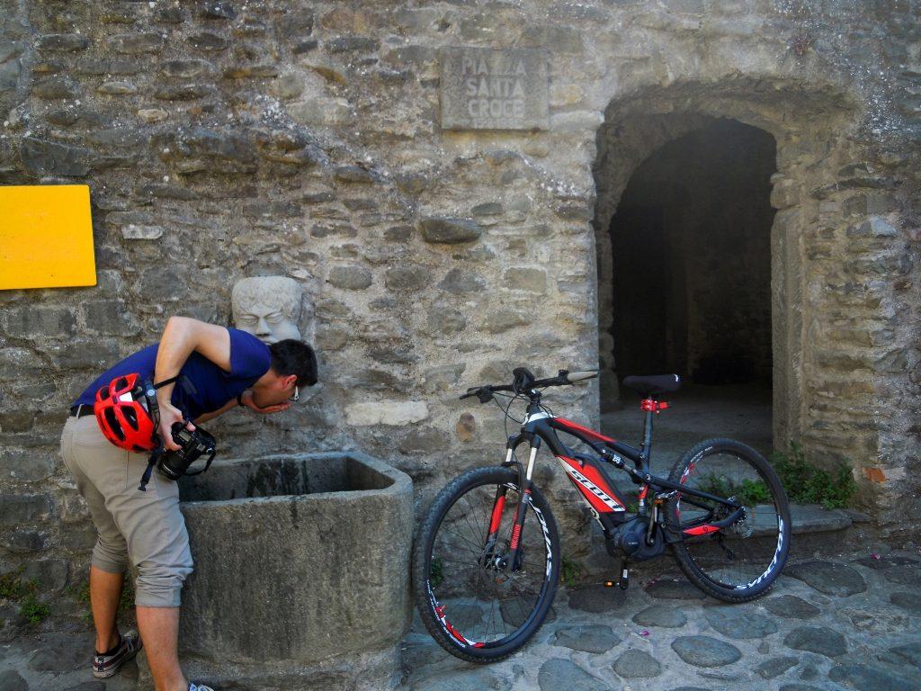 mountain bike tours tuscany