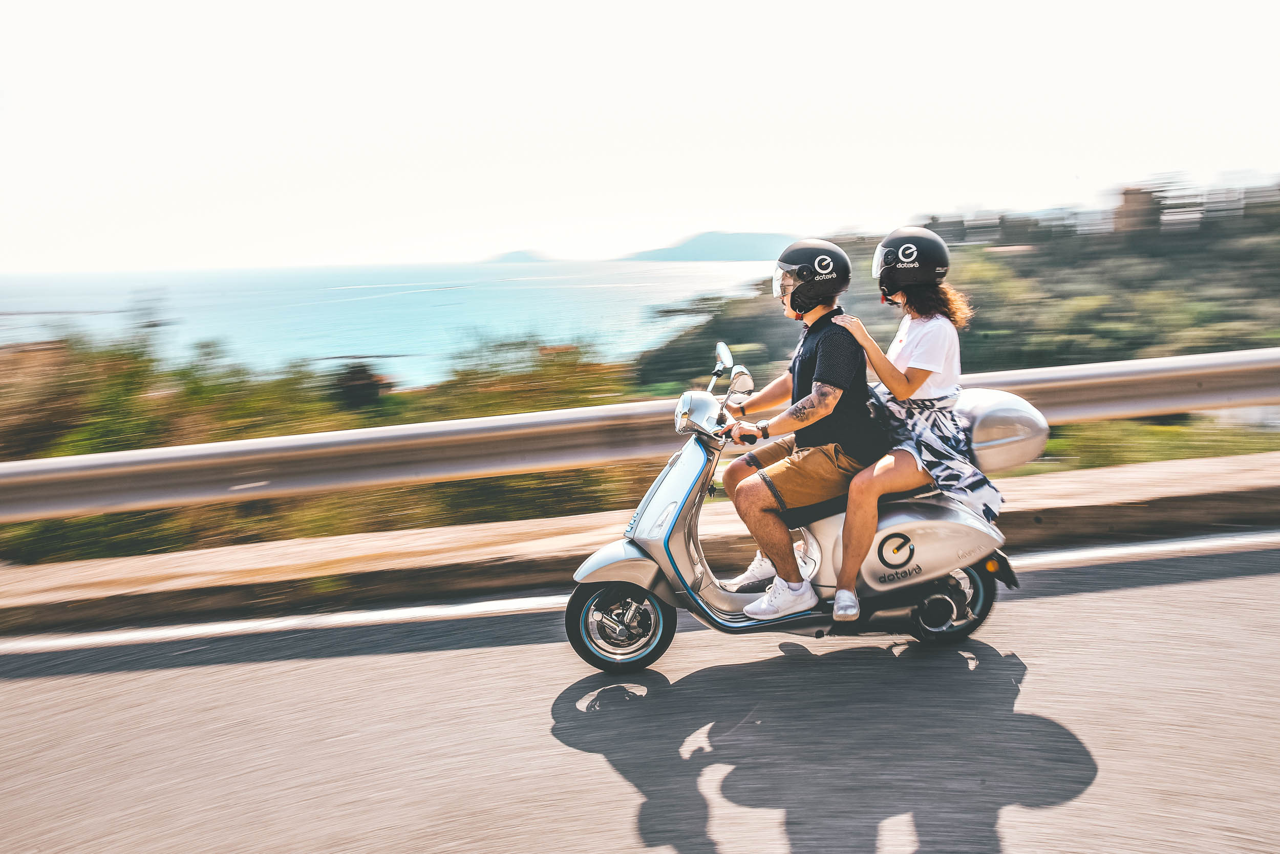 Electric vespa rental